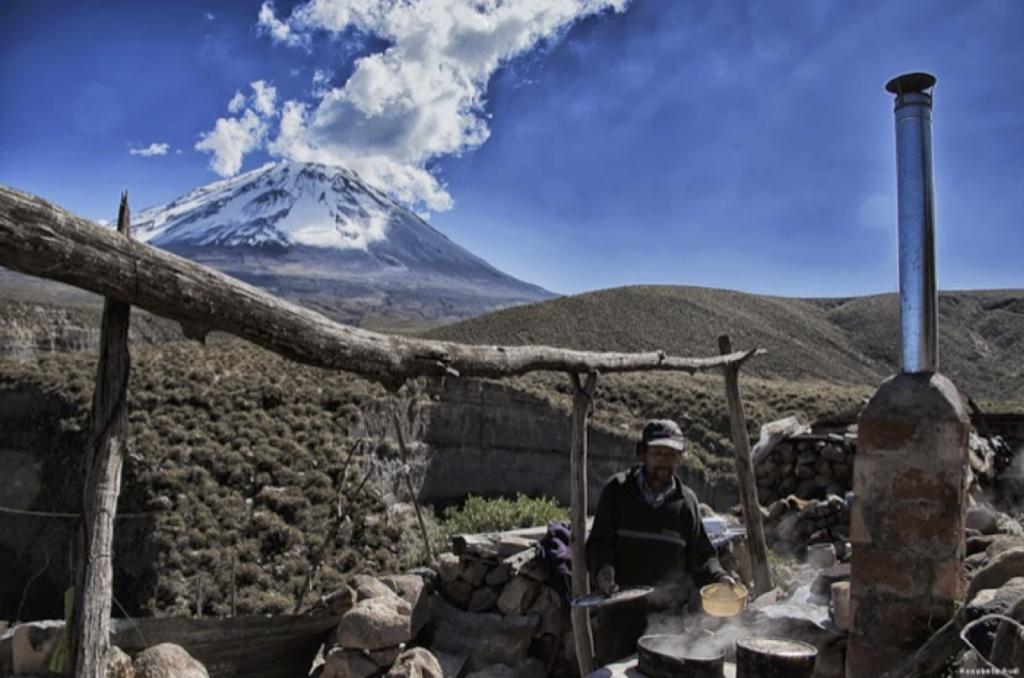 Qori Q'oncha – Programm für verbesserte Kochstellen in Peru